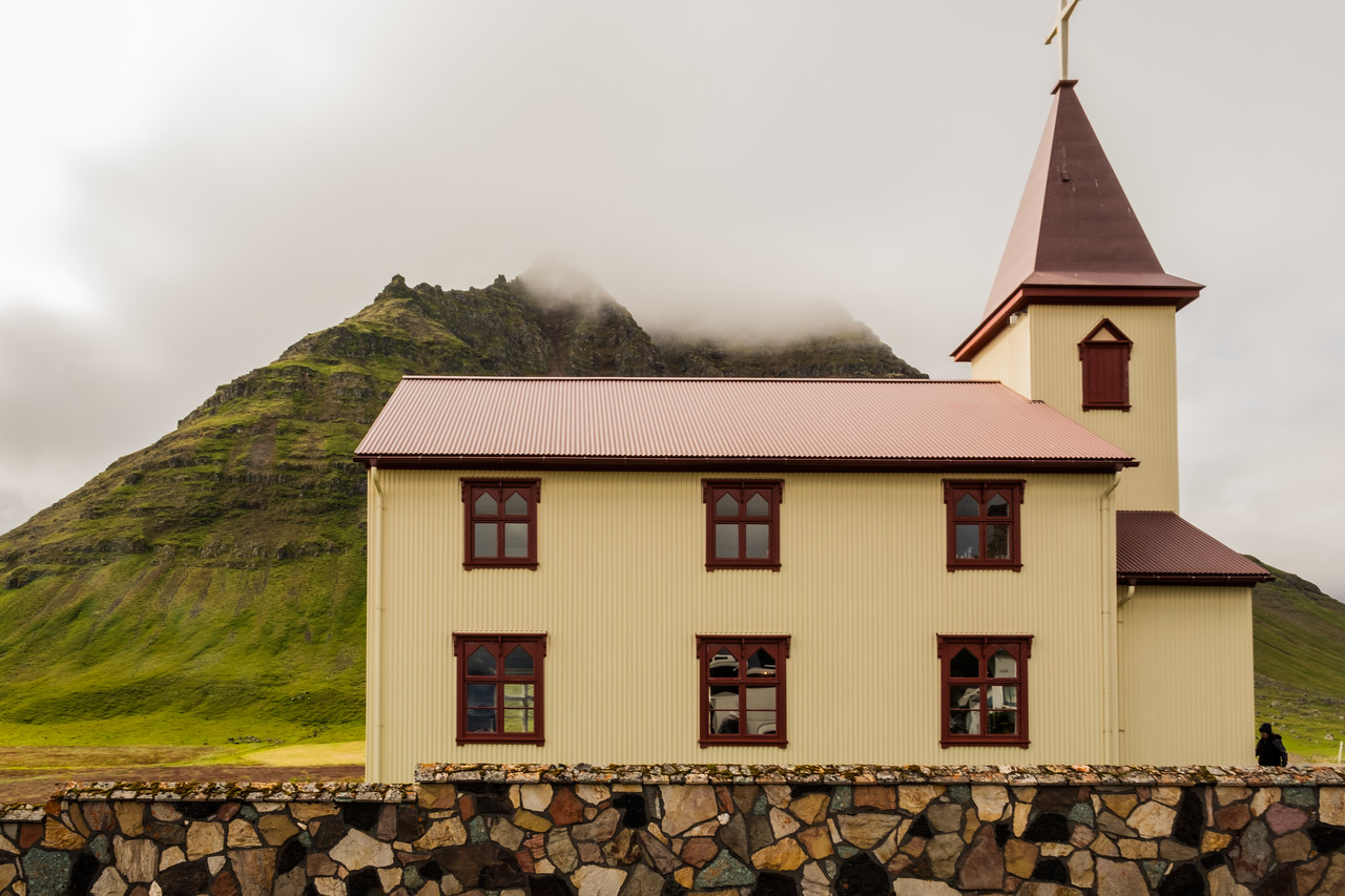 CHURCH IN ISAFJORDUR