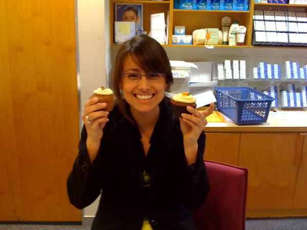 Maria gets her cupcake delivery :)