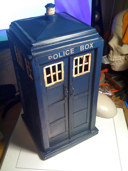 Tardis Money Box - Epic!