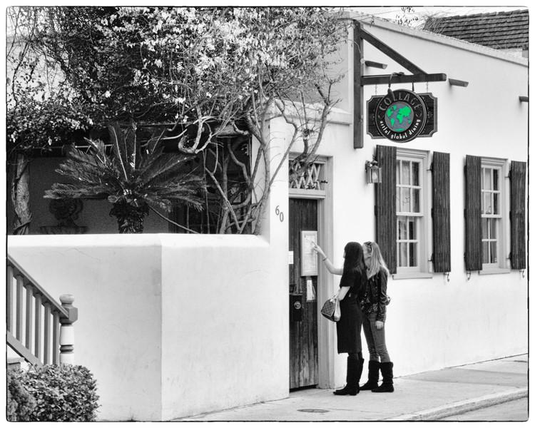Collages - Best Restaurant in Town