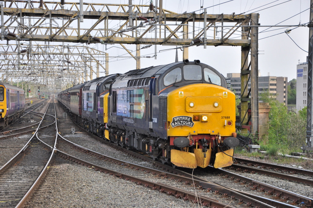 37688 and 37194, Stockport.
