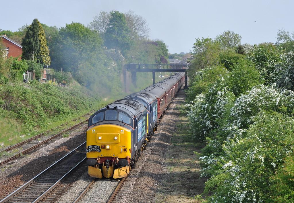 37688 and 37194, Shrewsbury.