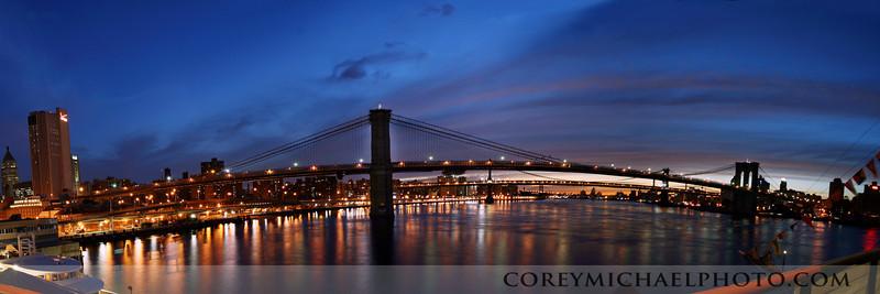 Sunrise shot of the Brooklyn Bridge