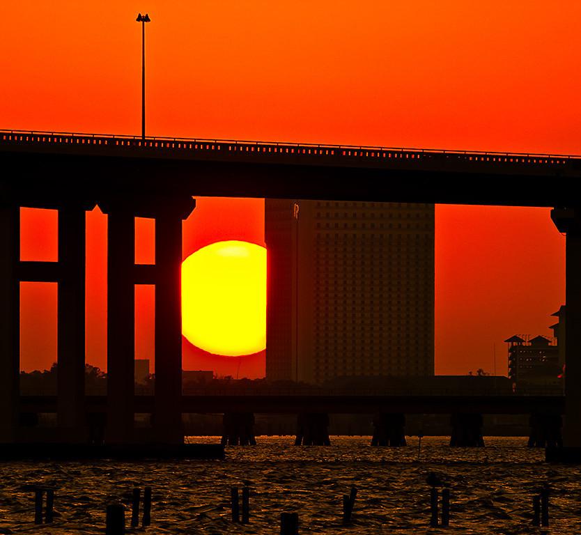 Sunset behind OS bridge