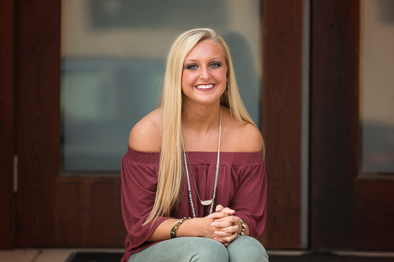 Chattanooga Senior girl portrait downtown
