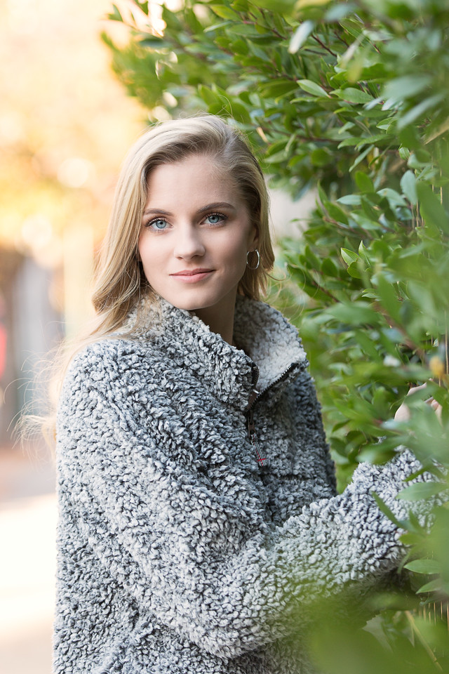 Chattanooga Senior Portraits | Pamela Greer Photography | Senior girl poses