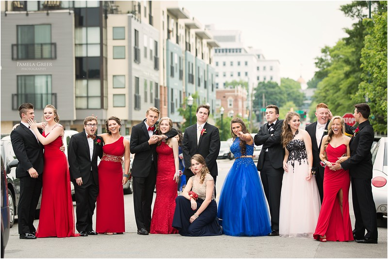 Chattanooga Prom photos - large group!
