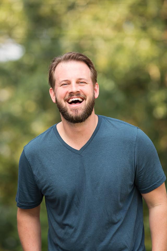 Chattanooga headshots man laughing