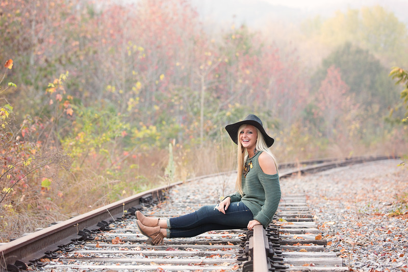 Soddy Daisy High School Senior Photos Girl on Railroad track