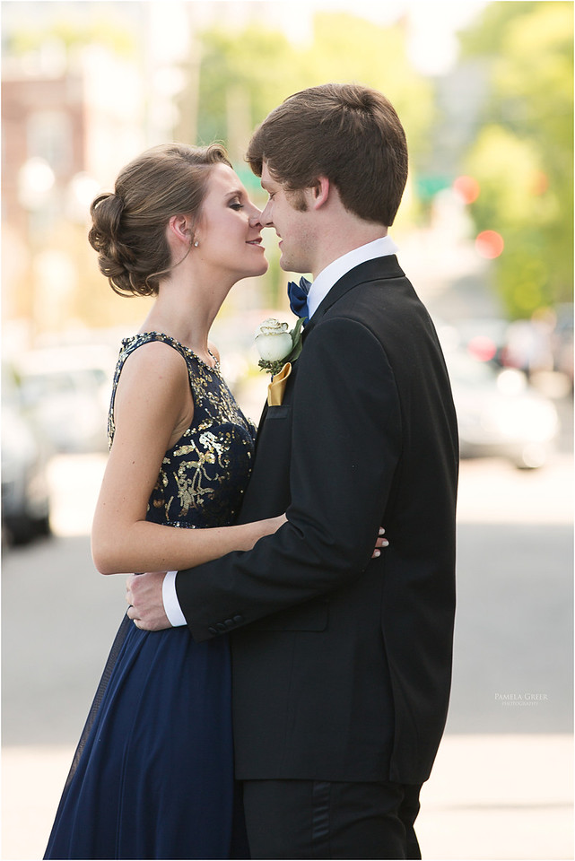 Baylor Prom Couple | Pamela Greer Photography