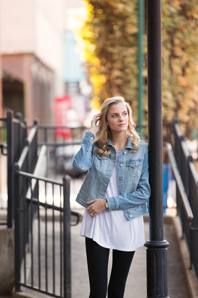 Chattanooga Senior Girl downtown Pamela Greer Photography