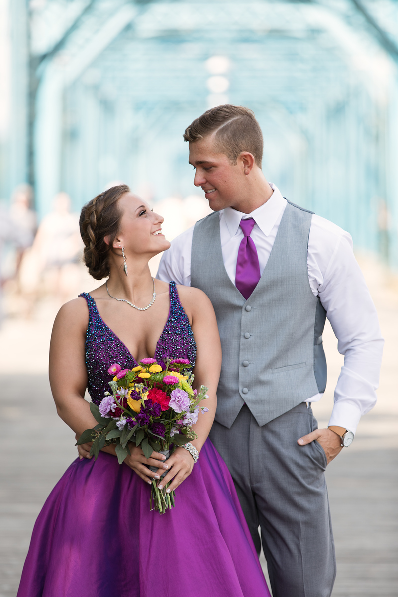 Senior prom couple on Walnut Street Bridge by Pamela Greer Photography.