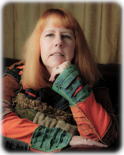 LESLIE PORTRAIT PURPLE BACKGROUND-257-2