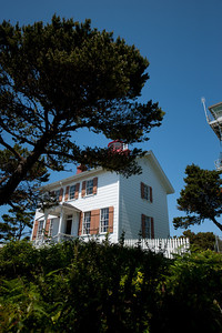 Yaquina Bay Light