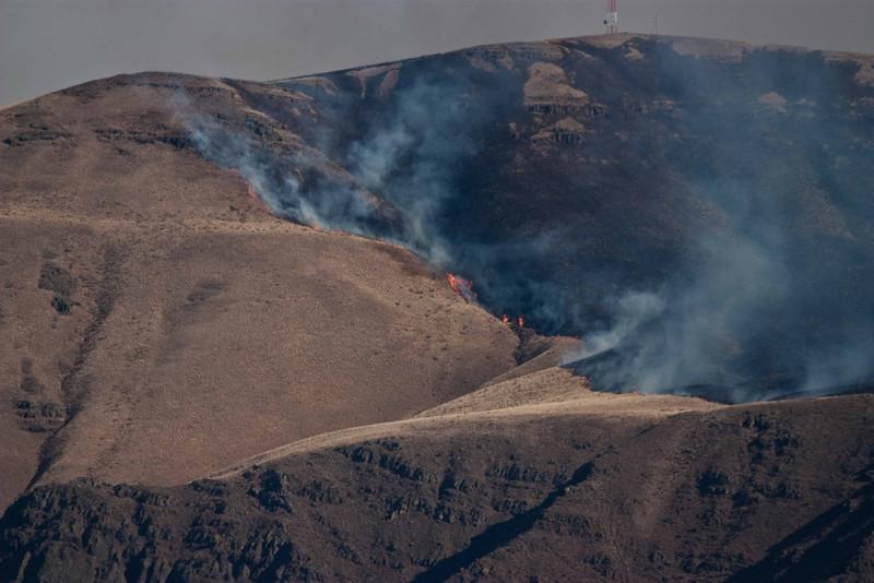 Summer brush fire on Yakima Ridge - Washington.<br /> Photo © Carl Clark