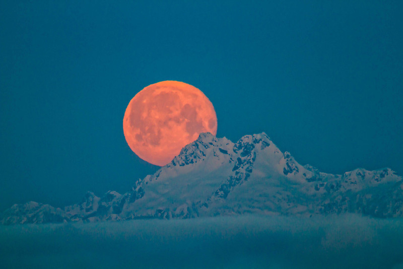Full moon sets behind The Brothers - Washington Olympic Mts.<br /> Photo © Carl Clark