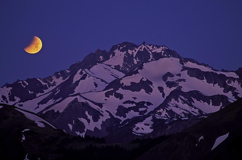 Pre-dawn lunar eclipse over Mt Mystery - Washington Olympic Mts.<br /> Photo © Carl Clark