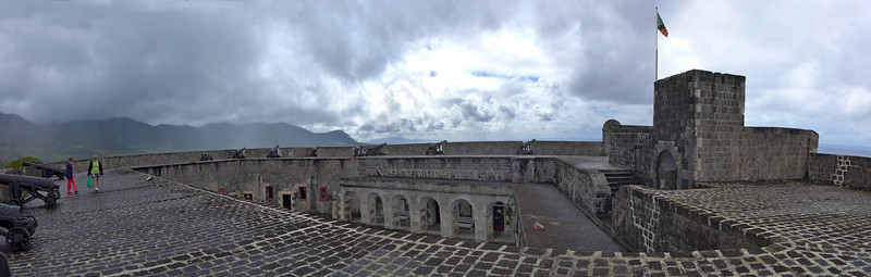 Top of the ramparts of the fort
