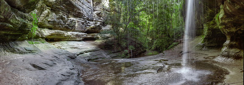 LeSalle Canyon - Starved Rock State Park - Oglesby, Illinois