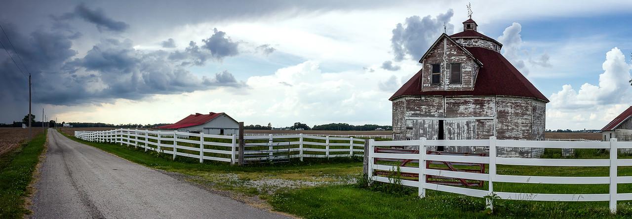 Historic Round Bard - Shelbyville, Indiana