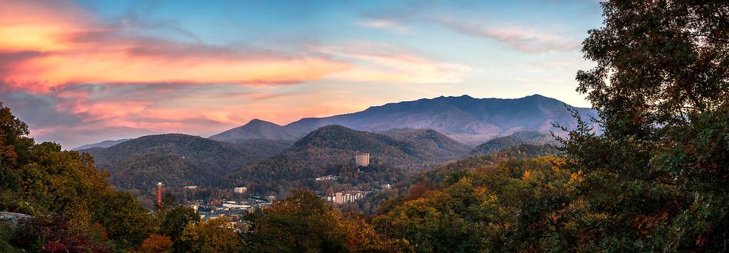 Gatlinburg - The Great Smoky Mountains National Park - Autumn