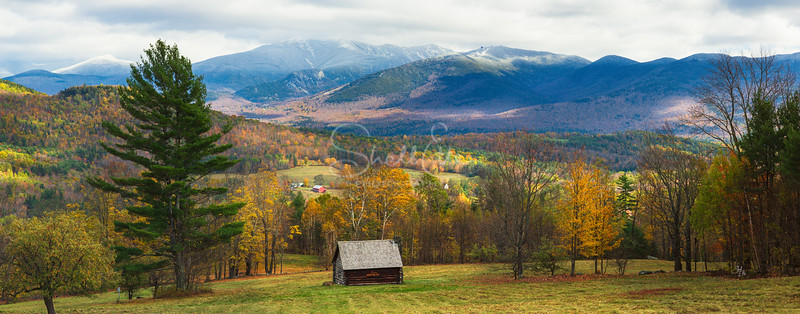Cabin Beholds Autumn to Winter pano