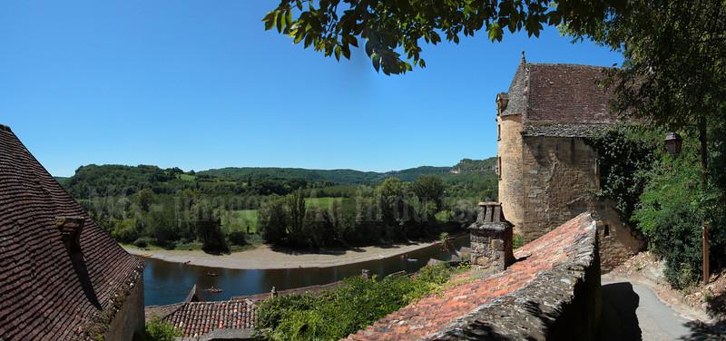 La Roque-gageac, panoramique 7 images, f/8, 1/500, iso 200, 14 mm