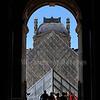 Louvre, pyramide de Pei, f/5,6, 1/800, iso 200, 59 mm