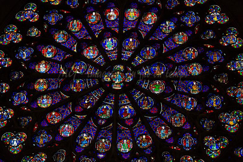 Rosace de Notre-Dame, f/4,5, 1/125, iso 800, 160 mm