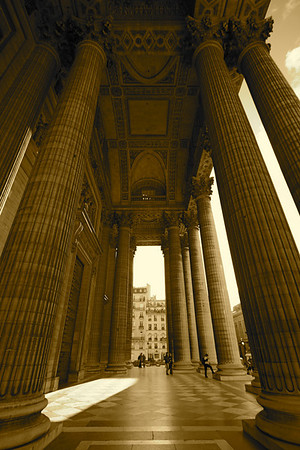 Entryway columns, The Panthéon