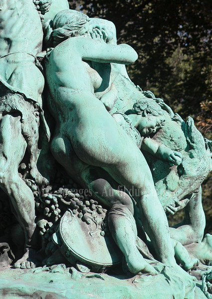 Jardins du Luxembourg, Le triomphe de Silène (1898),bronze ,Jules Dalou, f/5, 1/800, iso 200, 70 mm