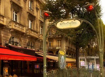 Metro, St. Michel