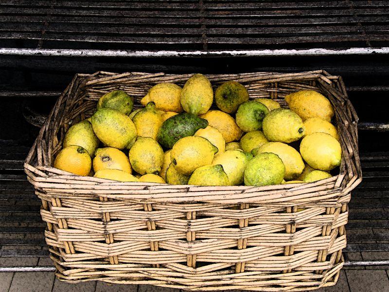 Lemons in Paris