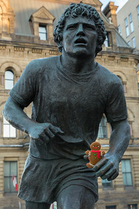 Alginon Hitching a Ride With Terry Fox