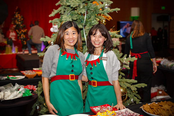 Jennifer and Valerie work together and are now volunteering together