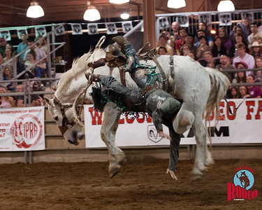 Bronc riding - Southern Rodeo Company