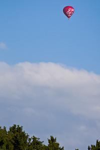 Sunny sunday balloon. Shot with Pentax K-7 and FA* 300/4.5