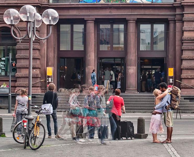 Love (Bonn)