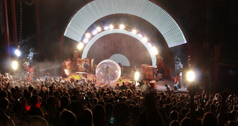 The Flaming Lips.