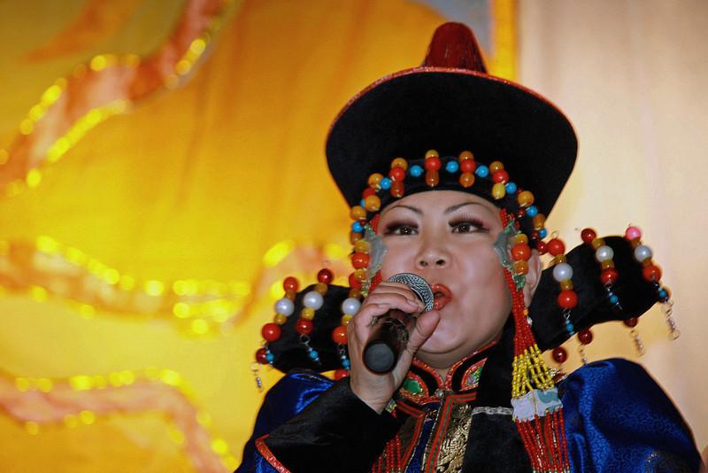 Buryat woman performer. (Aginskoye, Zabaikal, Siberia)
