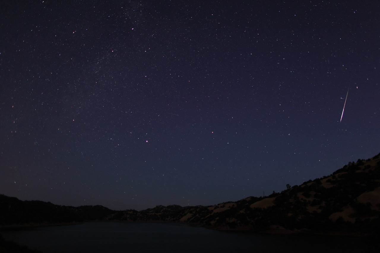 Time Lapse Clip: The 2012 Perseid Meteor Shower
