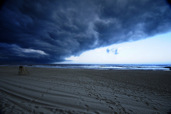 """Storm brewing"" wins 1st place in nature photography contest over 525 other entrants."