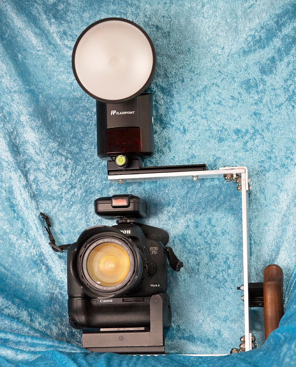 IMAGE: https://photos.smugmug.com/Photography/Photo-Equipment/i-3wnzz3m/0/2ada65aa/X3/flash%20Bracket_5426-X3.jpg