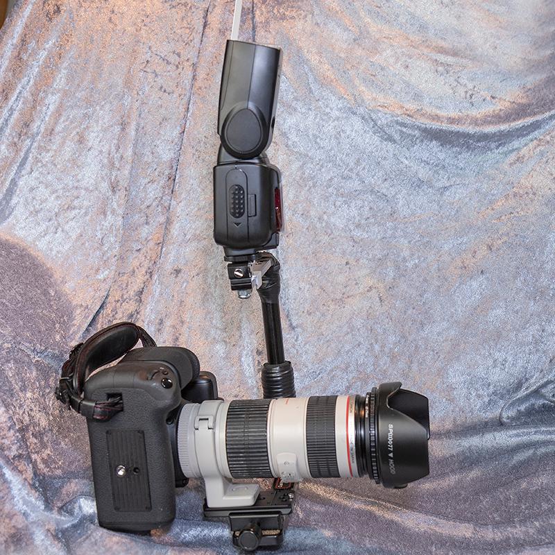 IMAGE: https://photos.smugmug.com/Photography/Photo-Equipment/i-wMt5d5v/0/1b4b1e65/O/Custom%20Bracket%20CB-T%20Modification%20005.jpg