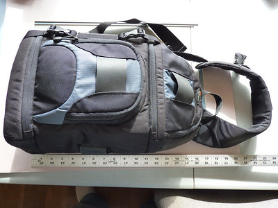 LowePro SlingShot 200 AW camera bag