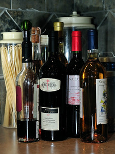 25 Feb 2010: Some wine in our kitchen. Still playing around with lighting.