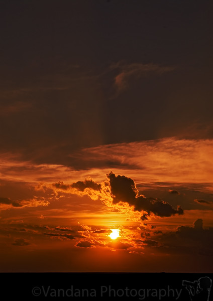 August 31, 2007 - the month comes to an end and the sun sets again