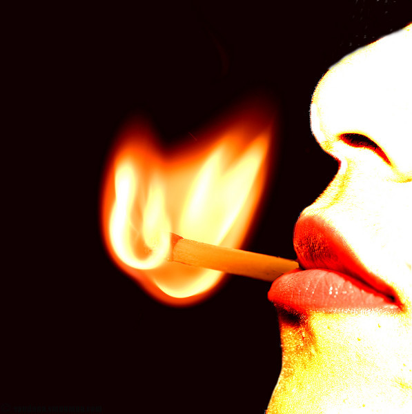 """June 26, 2007 - Thank you for not smoking  1st attempt at the latest <a href=""""http://dgrin.com/showthread.php?t=64779"""">LPS #8 - explosive</a>. lots of playing around with flames, matchsticks strewn around.."""