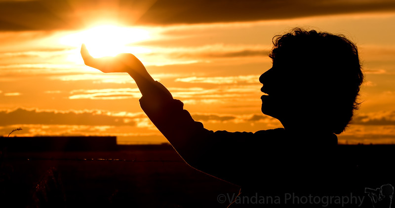 October 7, 2008 - Holding the sun in my palm