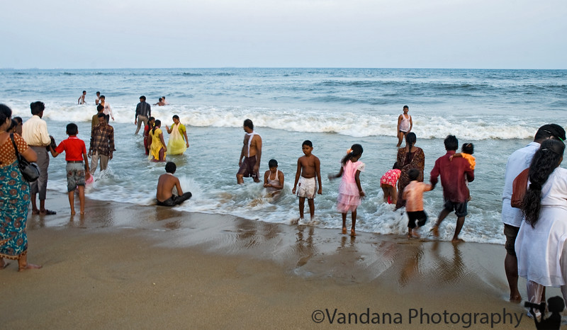 Jan 31, 2008 - A scene from Marina Beach, Chennai <br /> <br /> extremely crowded place; the temperatures ran in the 90's for the winter here, and much of Chennai seemed to be here on the beach for some nice sea-breeze.